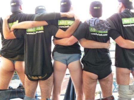 L'équipe Irofoot de dos
